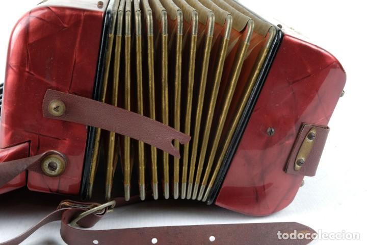 Instrumentos musicales: Acordeon Hohner Mignoni años 50-60 - Foto 6 - 132656470
