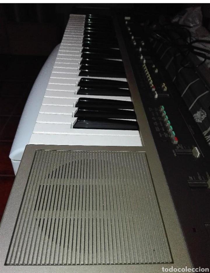 Instrumentos musicales: Órgano Yamaha PS35 (Recoger en tienda) - Foto 2 - 133780030
