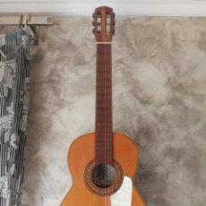 Instrumentos musicales: ANTIGUA GUITARRA ESPAÑOLA ENRIQUE VELIOMAR MADRID. Lote 133809958