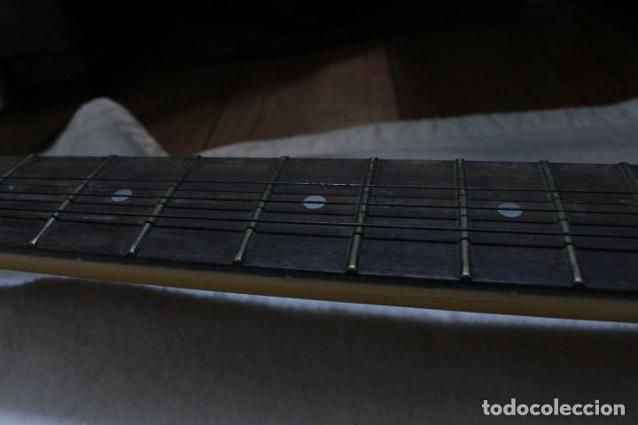 Instrumentos musicales: Guitarra eléctrica - Foto 8 - 133841754