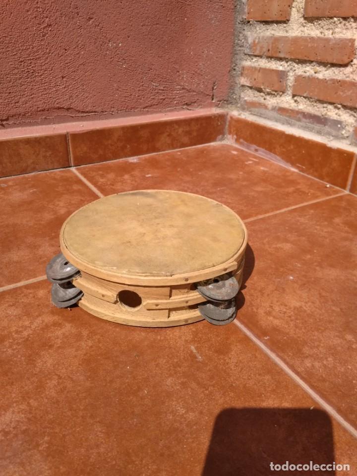 Instrumentos musicales: PANDERETA DE PIEL Y MADERA CON PLATILLOS - ANTIGUA - Foto 4 - 134868470