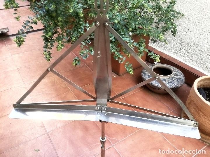 Instrumentos musicales: Atril años 60 - Foto 2 - 138533074