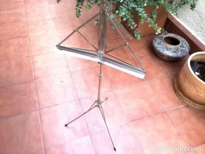 Instrumentos musicales: Atril años 60 - Foto 3 - 138533074