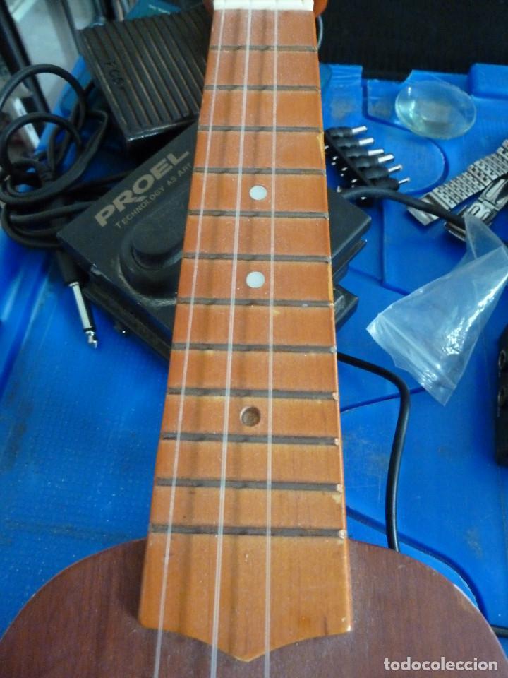 Instrumentos musicales: UKULELE - UKELELE - C. GIANT - Foto 15 - 217713471