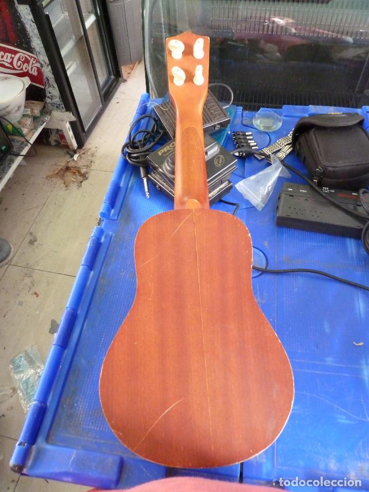 Instrumentos musicales: UKULELE - UKELELE - C. GIANT - Foto 4 - 217713471