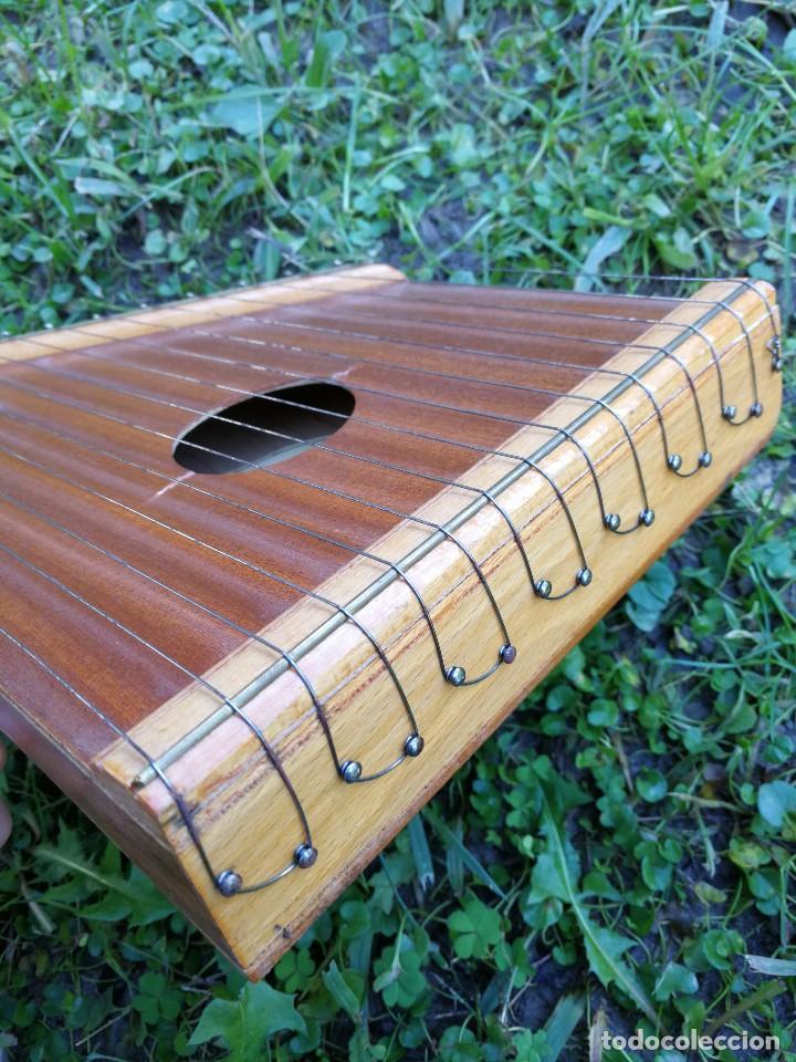 Instrumentos musicales: CÍTARA O SIMARRA INSTRUMENTO MUSICAL DE CUERDA, MIDE 38X19CM. AÑOS 70s. - Foto 5 - 139326058