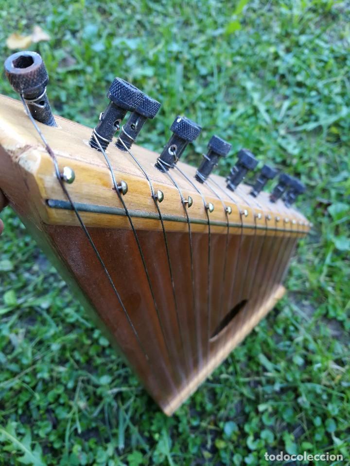 Instrumentos musicales: CÍTARA O SIMARRA INSTRUMENTO MUSICAL DE CUERDA, MIDE 38X19CM. AÑOS 70s. - Foto 6 - 139326058