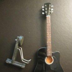 Instrumentos musicales: GUITARRA AC/DC 23 CM DE LARGO CON SOPORTE. NUEVA. Lote 139596850