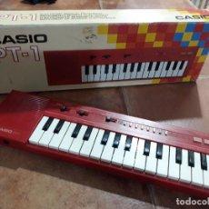 Instrumentos musicales: TECLADO CASIO PT-1- COLOR ROJO- AÑOS 80. Lote 139612290