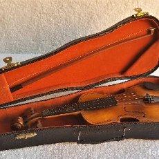 Instrumentos musicales: VIOLIN PEQUEÑO MADERA EN ESTUCHE ORIGINAL - 22.5.CM - CON FUNDA 29.CM. Lote 139745910