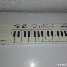 Instrumentos musicales: TECLADO PIANO CASIO PT1 PT-1 BLANCO FUNCIONANDO VINTAGE CG4. Lote 140405510