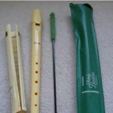 Instrumentos musicales: 2 FLAUTAS PLASTICO DULCE ESCOLAR MELODY BLOCKFLÖTE. Lote 140440854