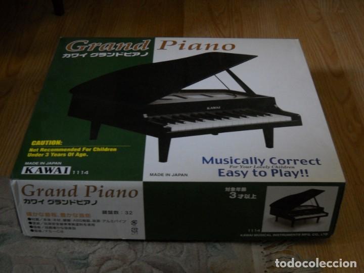 PIANO DE COLA MINIATURA KAWAI 32 TECLAS EN MADERA (Música - Instrumentos Musicales - Pianos Antiguos)