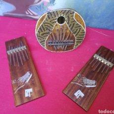 Instrumentos musicales: 2 SANZAS Y 1 KALIMBA. Lote 142516997