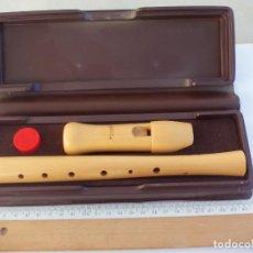 Instrumentos musicales: FLAUTA DULCE MARCA MOECK MODELO 120, EN SU ESTUCHE.. Lote 143542610