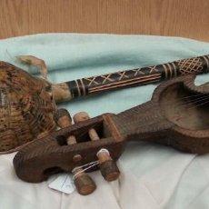 Instrumentos musicales: INSTRUMENTOS MUSICALES AFRICANOS. CUERDA. PAREJA. VIEJOS INSTRUMENTOS.. Lote 144330630