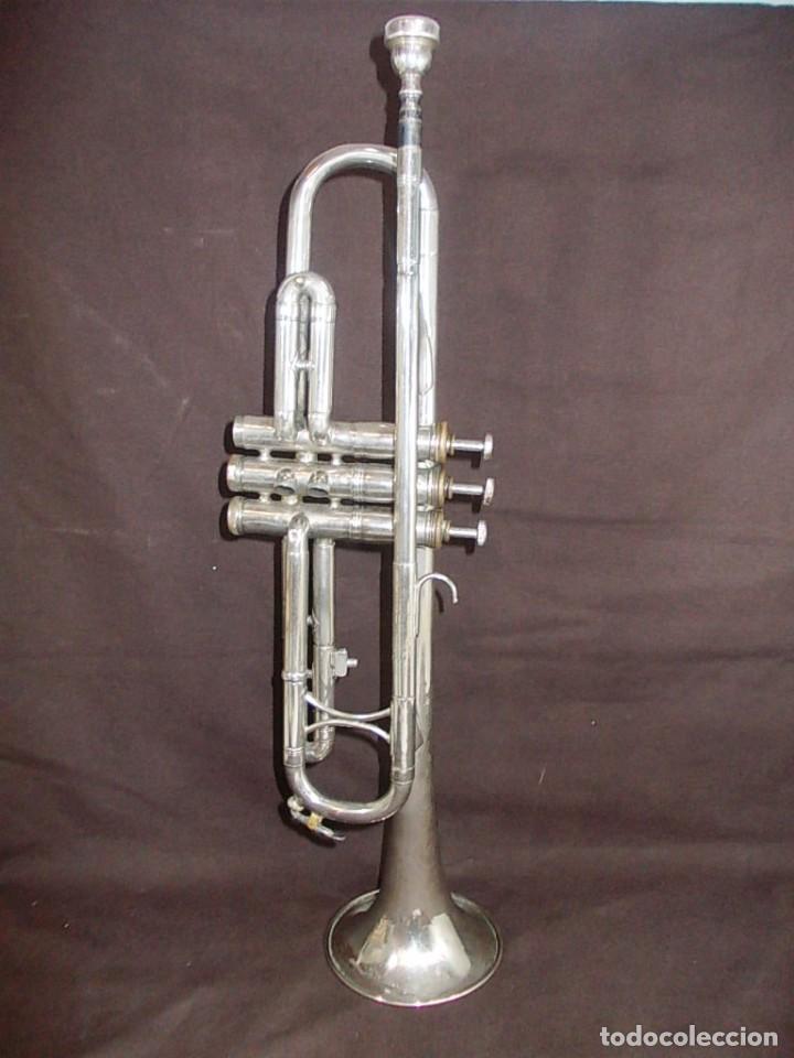 ANTIGUA TROMPETA CON BOQUILLA DE LA FIRMA VICENT BACH CORP. (Música - Instrumentos Musicales - Viento Metal)