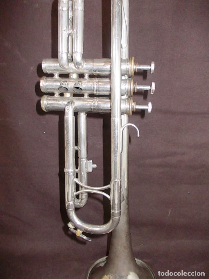 Instrumentos musicales: Antigua trompeta con boquilla de la firma Vicent Bach Corp. - Foto 5 - 145151786