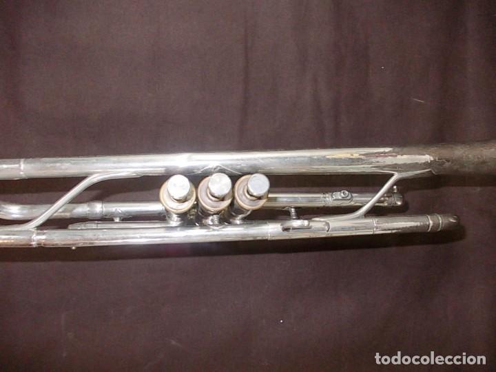 Instrumentos musicales: Antigua trompeta con boquilla de la firma Vicent Bach Corp. - Foto 6 - 145151786
