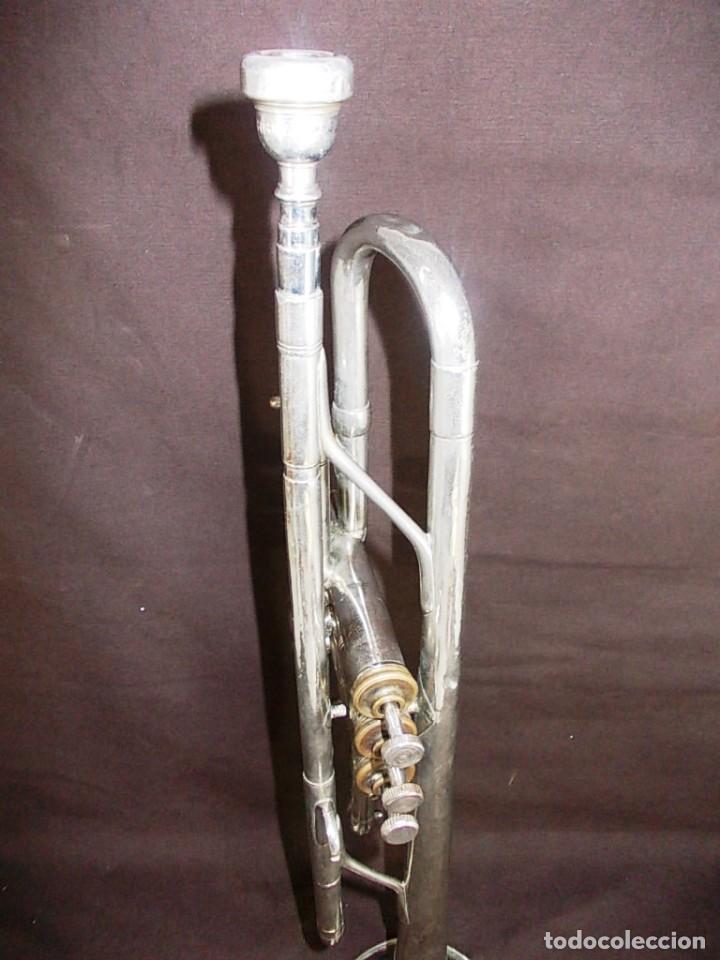 Instrumentos musicales: Antigua trompeta con boquilla de la firma Vicent Bach Corp. - Foto 7 - 145151786