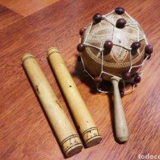 Instrumentos musicales: JUEGO DE CLAVES Y MARACA CUBANAS.. Lote 147367296