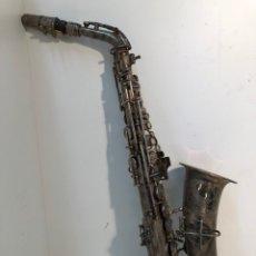 Instrumentos musicales: ANTIGUO SAXOFON DE LA MARCA F. MONTSERRAT BARCELONA.. Lote 147137966