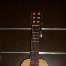 Instrumentos musicales: GUITALELE. Lote 147373454