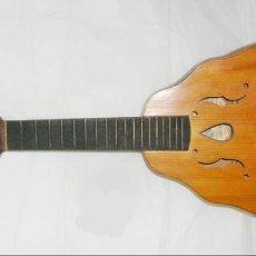 Instrumentos musicales: LAÚD MUY ANTIGUO DE AGUSTÍN GASPAR IBAÑEZ, CLAVIJA DE MADERA. Lote 147618990