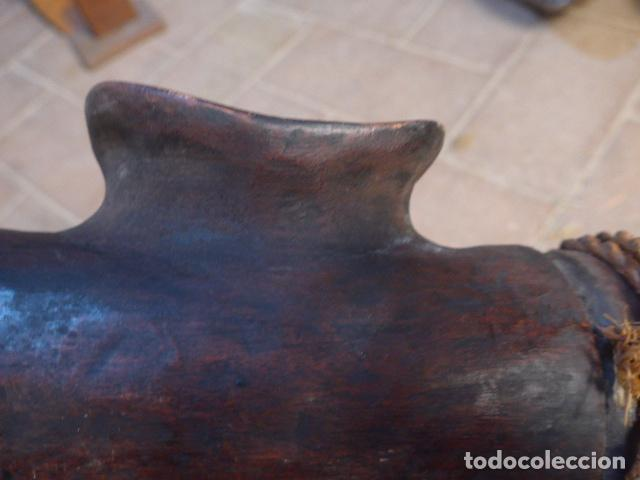 Instrumentos musicales: Antiguo gran instrumento musical de viento de tribu africana, original, de africa. - Foto 13 - 147658306