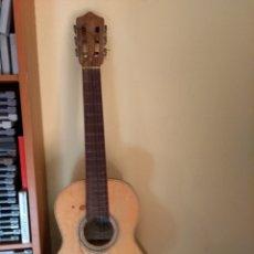 Instrumentos musicales: GUITARRA ANTIGUA DE NIÑO. Lote 147719782