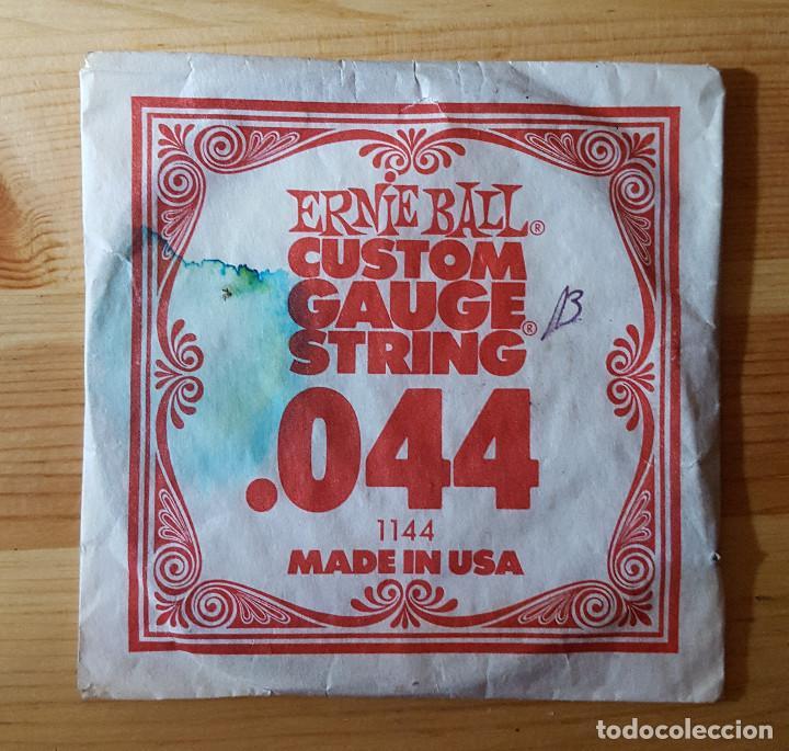CUERDA DE GUITARRA ANTIGUA ERNIE BALL CUSTOM GAUGE STRING 044 - 1144 MADE IN USA (Música - Instrumentos Musicales - Cuerda Antiguos)