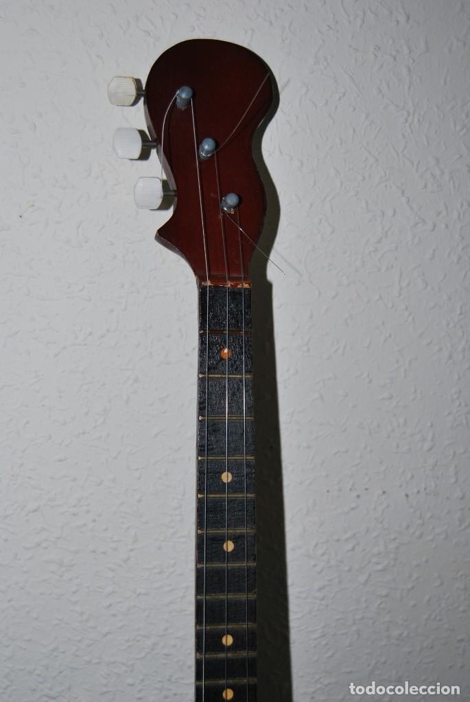 Instrumentos musicales: MANDOLINA DE TRES CUERDAS - PINTADA A MANO - ESCENA HIPPIE - AÑOS 60 - Foto 2 - 150838506