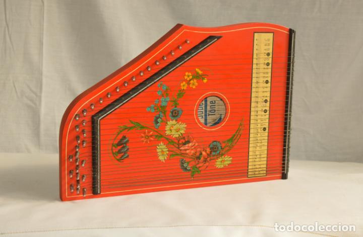 Instrumentos musicales: CÍTARA ORIGINAL DE ALEMANIA DEL ESTE MARCA JUBEL DE 35 CM DE LARGO POR 21 CM DE ANCHO Y 4 DE GROSOR - Foto 14 - 150948234