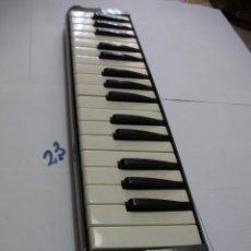 Instrumentos musicales: SUZUKI MELODION A-32. Lote 152679850
