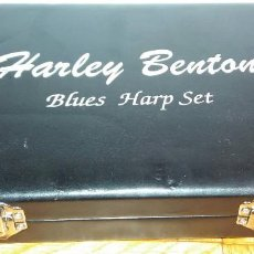Instrumentos musicales: HARLEY BENTON BLUES HARP SET - MUNDHARMONIKAS - ARMONICA - HARMONICA SET DE 12 DIFERENTES EN SU CAJA. Lote 152881046