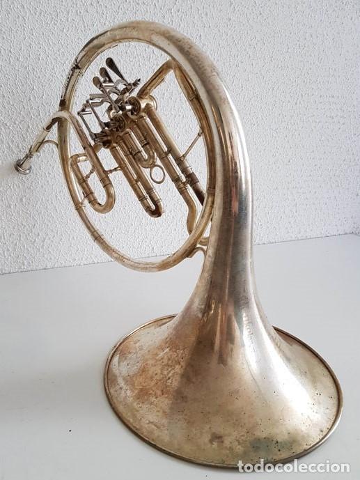 Instrumentos musicales: Trompa, Cuerno. Impresionante instrumento de viento. Años 60. Estuche original. - Foto 3 - 153992538