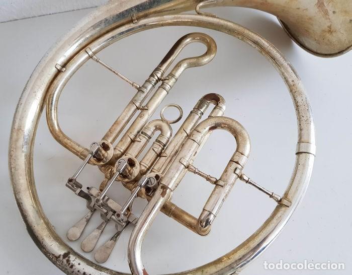 Instrumentos musicales: Trompa, Cuerno. Impresionante instrumento de viento. Años 60. Estuche original. - Foto 5 - 153992538