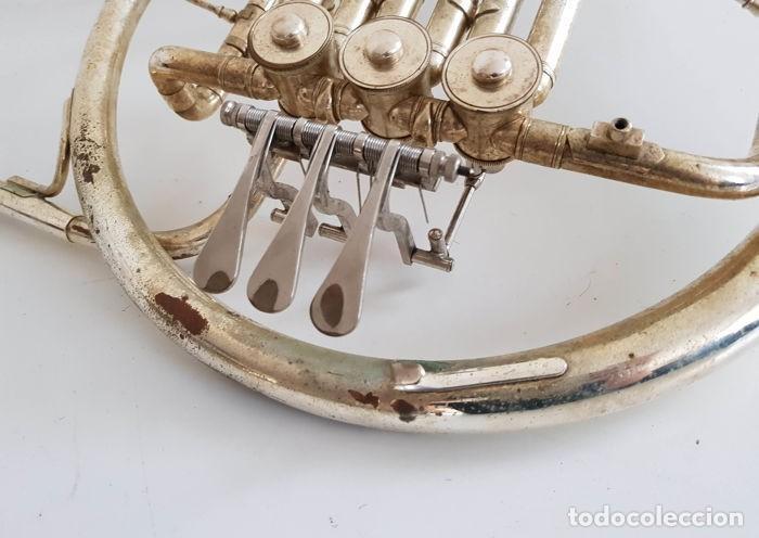 Instrumentos musicales: Trompa, Cuerno. Impresionante instrumento de viento. Años 60. Estuche original. - Foto 7 - 153992538