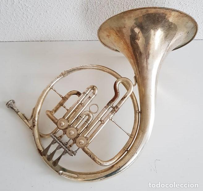 Instrumentos musicales: Trompa, Cuerno. Impresionante instrumento de viento. Años 60. Estuche original. - Foto 8 - 153992538