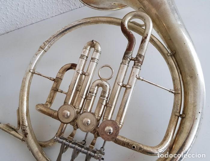 Instrumentos musicales: Trompa, Cuerno. Impresionante instrumento de viento. Años 60. Estuche original. - Foto 14 - 153992538