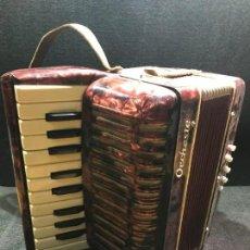 Instrumentos musicales: ACORDEÓN DE 21 TECLAS Y 8 BAJOS - ORCHESTE - FUNCIONANDO - 11 FOTOS. Lote 154709102
