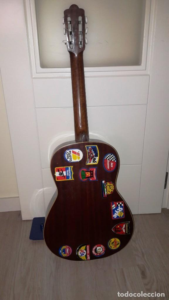 Instrumentos musicales: GUITARRA DE ESTUDIO (CON FUNDA) PRESTIGIOSA MARCA MANUEL G. CONTRERAS - MADRID - AÑOS 70 - Foto 2 - 155240142
