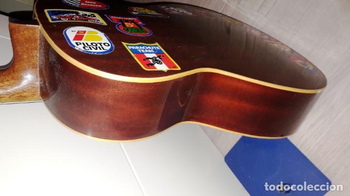 Instrumentos musicales: GUITARRA DE ESTUDIO (CON FUNDA) PRESTIGIOSA MARCA MANUEL G. CONTRERAS - MADRID - AÑOS 70 - Foto 3 - 155240142