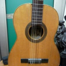 Instrumentos musicales: GUITARRA FLAMENCA O ESPAÑOLA FABRICA DE GUILLERMO LLUQUET. Lote 155819402