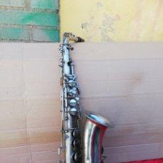 Instrumentos musicales: ANTIGUO SAXOFÓN FRANCÉS SIGLO XIX. Lote 156495604