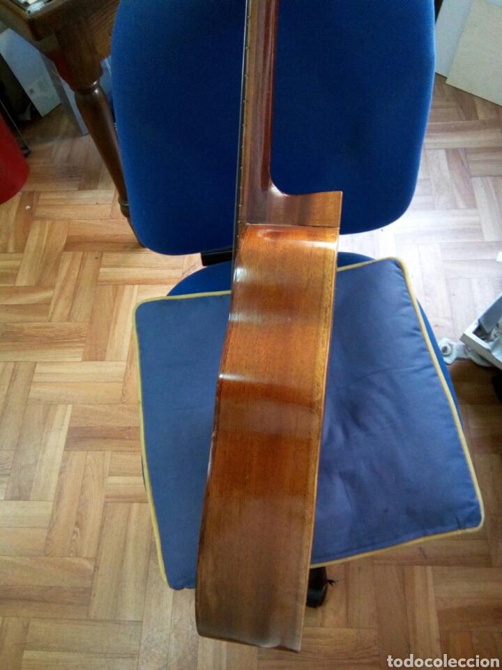 Instrumentos musicales: Laud modelo antiguo - Foto 3 - 157256714