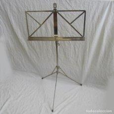 Instrumentos musicales: TRÍPODE PARA PARTITURAS ALEMÁN, AÑOS 50-60 PLEGABLE. Lote 158810494