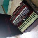 Instrumentos musicales: VENDO ACORDEÓN-PIANO MARCA PARROT AÑOS 70. Lote 158932106