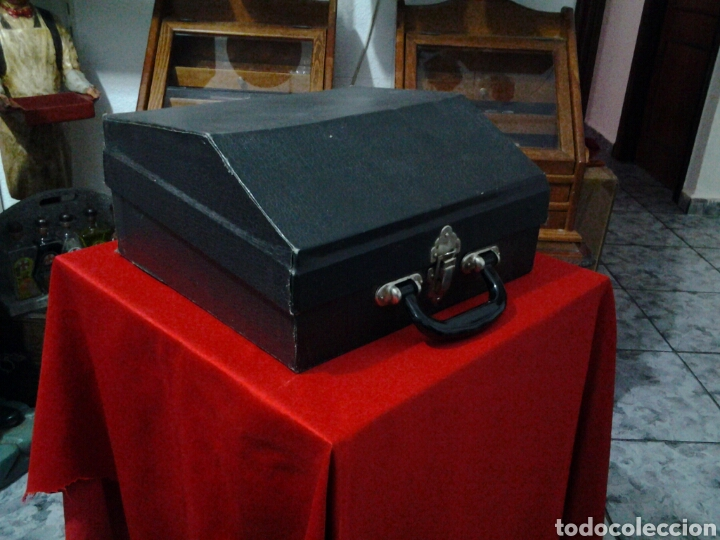 Instrumentos musicales: Acordeón antiguo marca Razno Manbiw. - Foto 11 - 159051790
