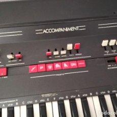 Instrumentos musicales: SIEL FLYING 61 SINTETIZADOR ANALÓGICO FINAL DE LOS 70, PIANO TECLADO.. Lote 160625966